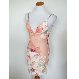 Ginger Fizz ASOS Pascali Bodycon Floral Dress NEW